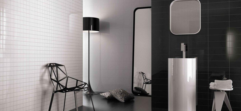 Bagno Minimal Bianco Rivestimento Nero Interior Design : Pavimento bagno bianco e nero la migliore scelta di casa